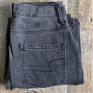 - American Eagle jeans